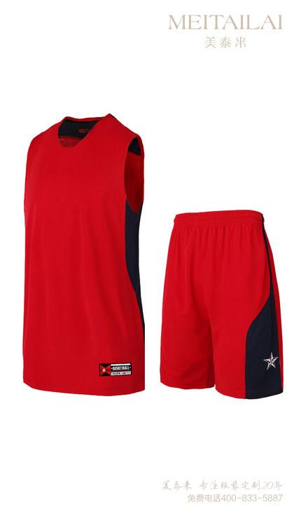 成品篮球足球服3
